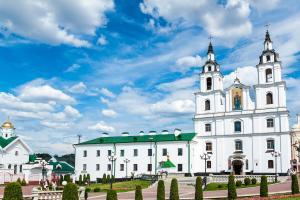 19 октября в четверг в Минском Свято-Духовом Кафедральном Соборе в 19.00 планируется молодежное мероприятие, которое будет включать музыкальную и танцевальную программу.